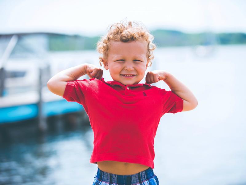 چطور میتوانیم اعتماد به نفس فرزندمان را بالا ببریم