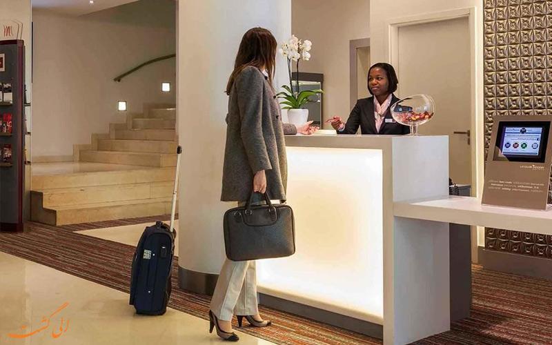 کاربردی ترین نکات هتل ها که پذیرش هتل، به شما نخواهد گفت!