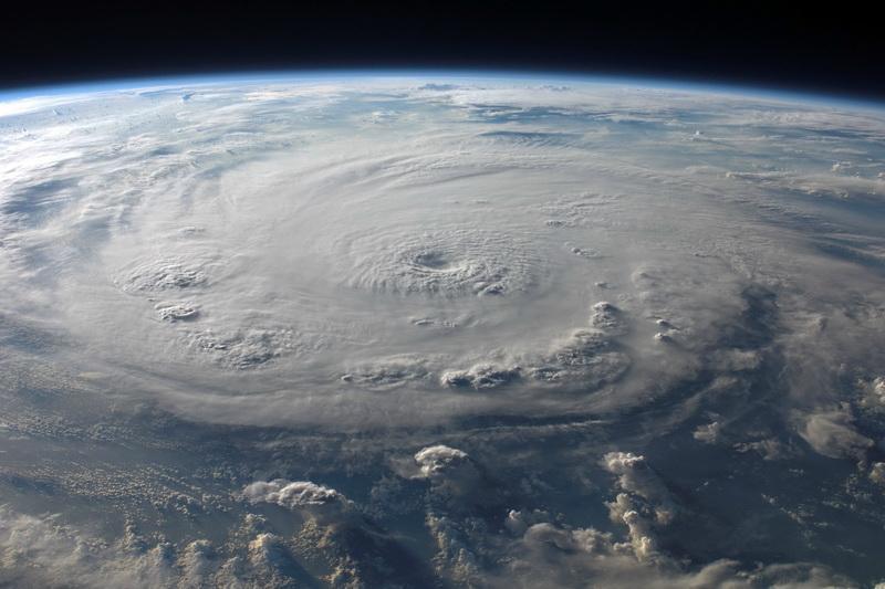 تأثیر مخرب شبکه های 5G بر دقت پیش بینی های هواشناسی