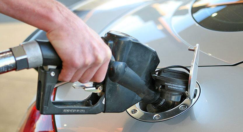 واکنش به زمزمه های سهمیه بندی و افزایش قیمت بنزین