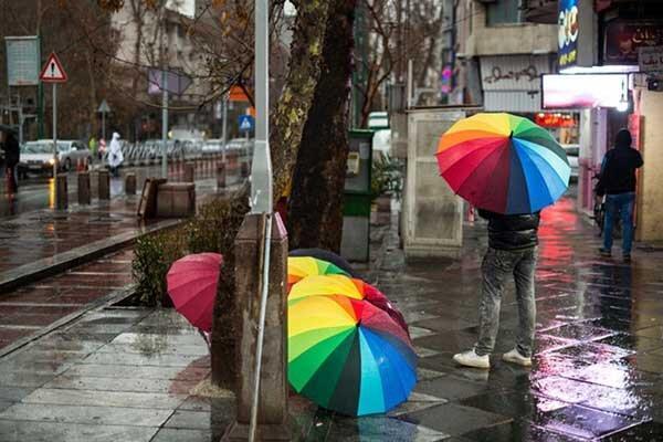 ایران بارانی می گردد؛ تهران سردتر