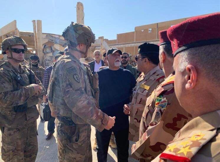 خبرنگاران خروج ائتلاف بین المللی از پایگاه نظامی در الانبار عراق