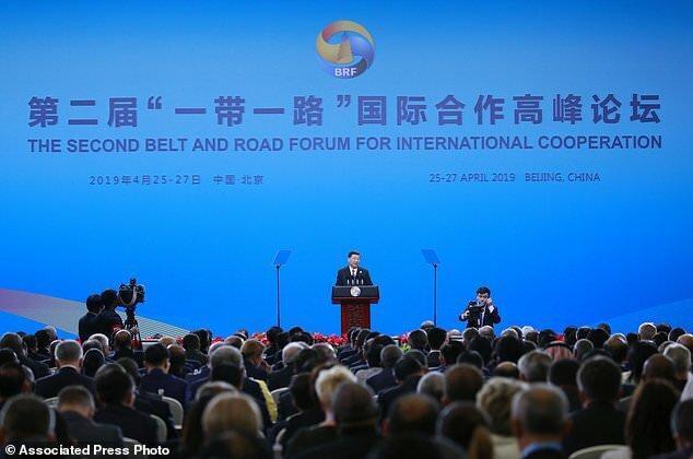 چین: پاندمی کرونا بر یک پنجم پروژه های کمربند و جاده تاثیر جدی گذاشته است