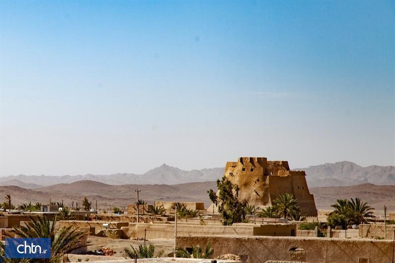 بازسازی قلعه سب در شهرستان سیب و سوران