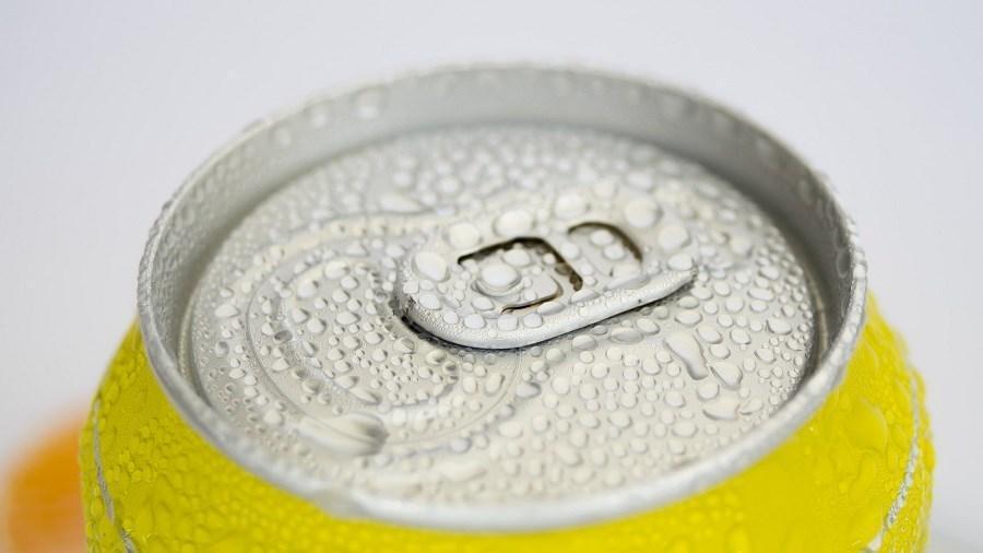 روش خنک کردن سریع نوشیدنی گرم در عرض دو دقیقه