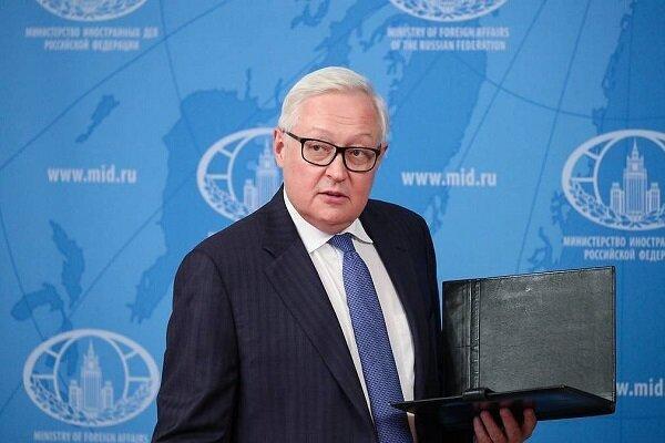 روسیه: به رغم تهدید آمریکا؛ همکاری نظامی با ایران ادامه دارد