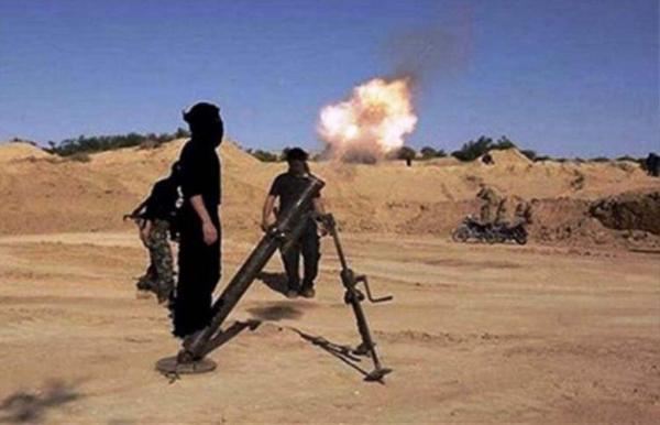خبرنگاران حمله خمپاره ای به پایگاه نیروهای آمریکایی در شرق سوریه