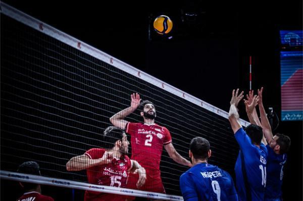 شکست ایران برابر فرانسه، شانس صعود به مرحله نهایی از بین رفت
